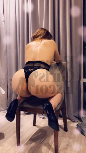 Marylaure escort