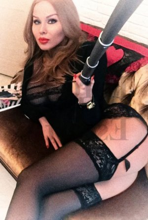 Lysiana vip escort girls